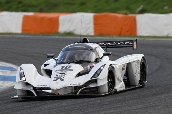 VdeV 2013 Estoril Qualif PRAGA R1 de SCHELL - VAN DONGEN - LEUTWILER - Photo Hugues LAROCHE