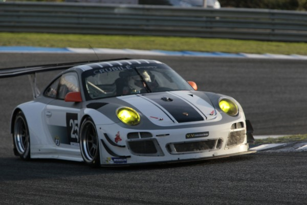VdeV ENDURANCE SERIES. LA PORSCHE GT3R du Team CRUBILE de PERRODO - COLLARD- CRUBILE - Photo Maurice CAMUS