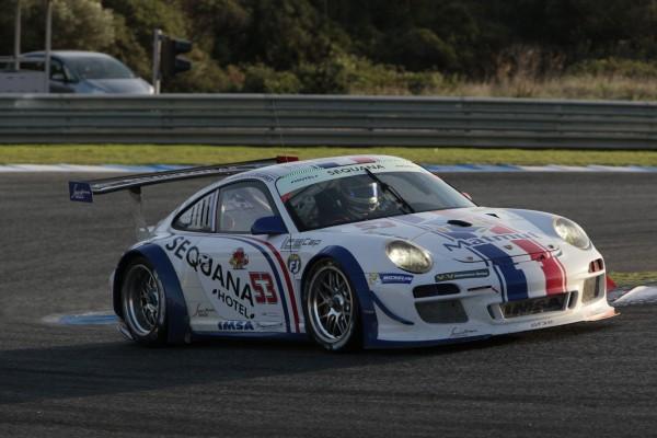VdeV-ENDURANCE-SERIES.-LA-PORSCHE-GT3R-du-Team-IMSA-Performance-de-BELLOC-GIBON-et-BOURRET-Photo-Maurice-CAMUS