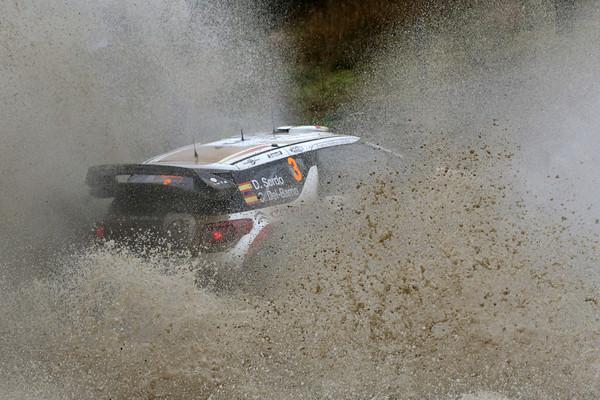WRC-2013-WALES-DS3-CITROEN-de-DANI-SORDO