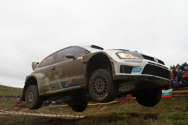 WRC-2013-WALES-la-POLO-VW-de-OGIER-photo-JO-LILLINI