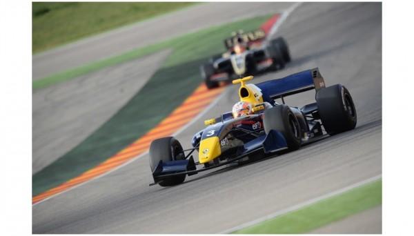 WSR-2013-Test-MOTORLAND-21-novembre-Pierre-GASLY-avec-le-Team-ARDEN-CATERHAM