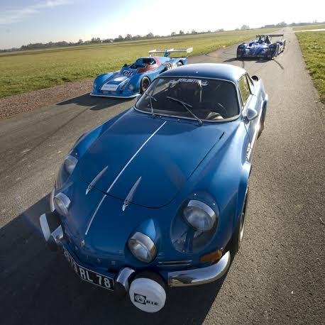 ALPINE-A-450-A-441-et-BERLINETTE-3-generations-ALPINE-Essai-LURCY-LEVIS-3-decembre-2013-Photo-Eric-REGOUBY