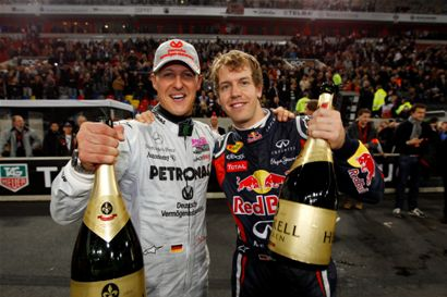 COURSE-DES-CHAMPIONS-2011-A-DUSSELDORF-victoire-Allemande-Vettel-Schumacher-par-equipes