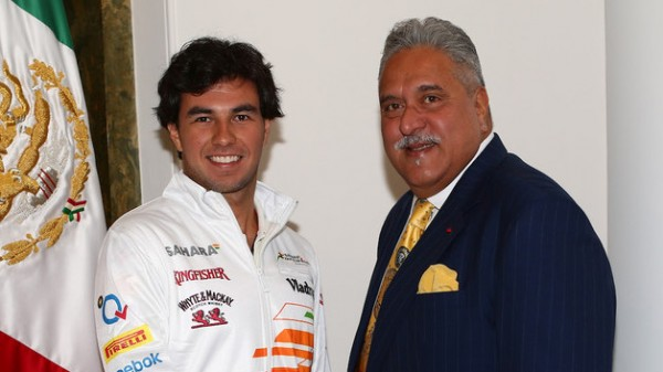 F1-2014-Sergio-PEREZ-avec-Vijay-MALLYA-de-FORCE-INDIA