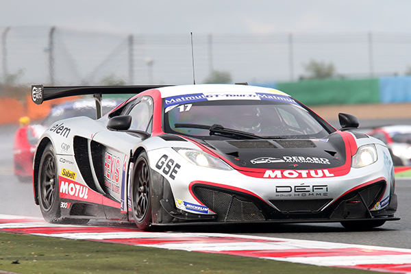 GT-TOUR-2013-MAGNY-COURS-MCLAREN-TEAM-HEXIS-DE-PANIS-DEBARD-Photo-Gilles-VITRY