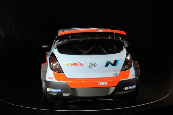 HYUNDAI i20 WRC - OFFENBACH 10 decembre 2013 - Photo de Christophe VERRIER
