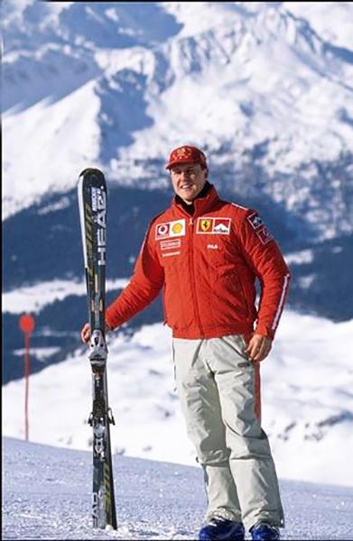 MICHAEL-SCHUMACHER-au-Ski-lors-de-la-semaine-VROOM-a-MADONNA-DI-CAMPIGLIO-dans-les-Dolomites
