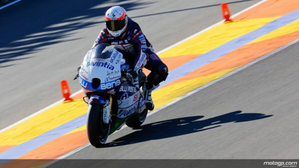 Mike-di-Meglio-Team-Avitnia-Blusens-MotoGP-Valencia-Test
