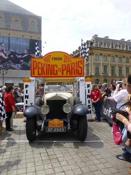 PEKIN-PARIS-2013-Arrivée-Rolls-Royce-Silver-Ghost-1924.