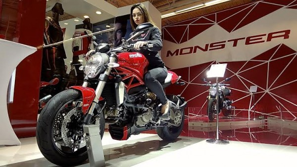 SALON-MOTO-PARIS-2013-La-DUCATI-MONSTER