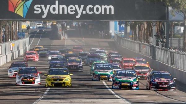 V8-SUPERCAR-2013-A-SYDNEY-Dernier-depart-de-la-saison