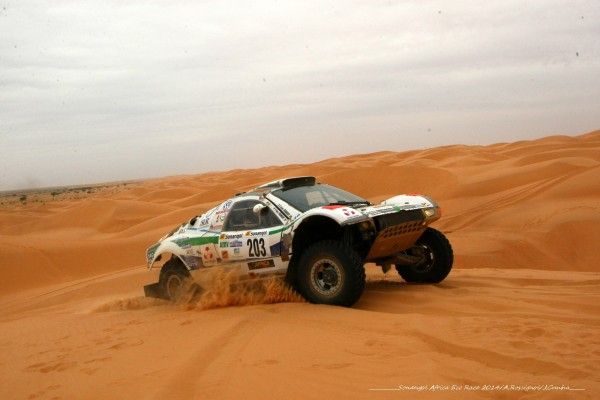 AFRICA RACE 2014 - Buggy VW - Equipage Yves et Jean Fromont