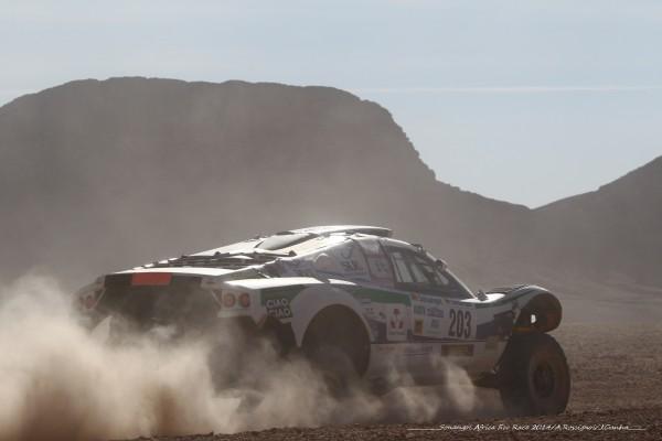 AFRICA RACE 2014 - buggy VW sur les pistes sud Marocaines