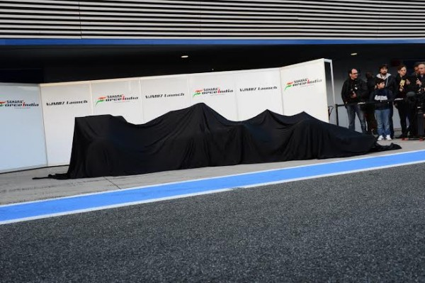 F1-2014-JEREZ-essai-28-Janvier-Avant-la-presentation-de-la-FORCE-INDIA-SAHARA-Photo-Max-MALKA