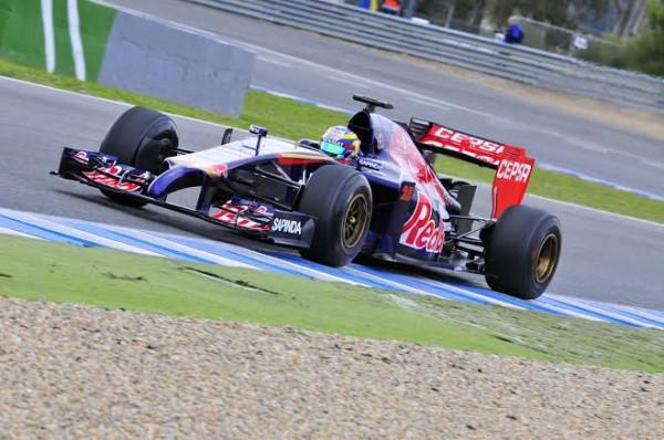 F1-2014-JEREZ-essai-28-Janvier-Jean-Eric-VERGNE-TORO-ROSSO-RENAULT-Photo-Max-MALKA