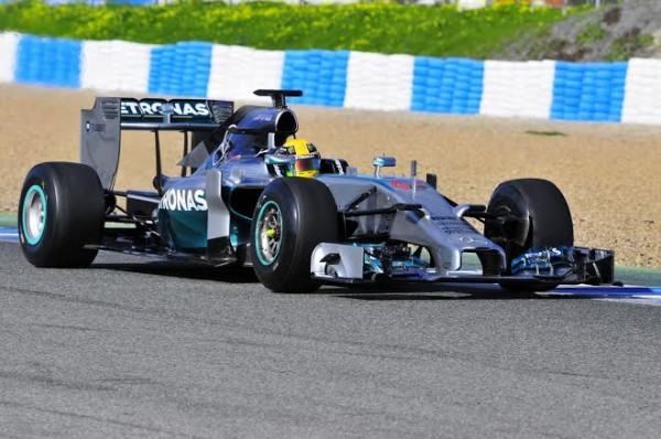 F1-2014-JEREZ-essai-28-Janvier-LEWIS-HAMILTON-MERCEDES-Photo-Max-MALKA.