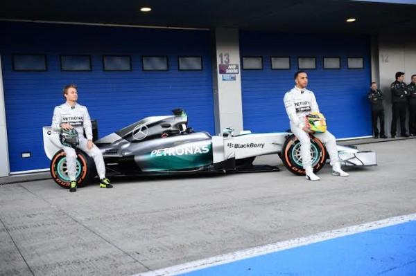 F1-2014-JEREZ-essai-28-Janvier-MERCEDES-la-presentation-Photo-Max-MALKA