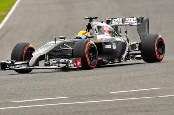 F1-2014-JEREZ-essai-28-Janvier-SAUBER-du-MEXICAIN-ESTEBAN-GUTTIEREZ-Photo-Max-MALKA