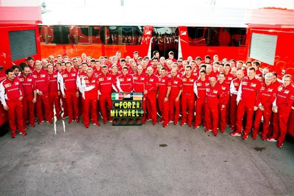 F1-2014-LA-SCUDERIA-AVEC-MICHAEL-SCHUMACHER