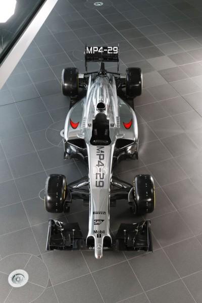F1-2014-la-nouvelle-McLaren-MP4-29-vue-de-haut-presentation-vendredi-24-janvier-2014