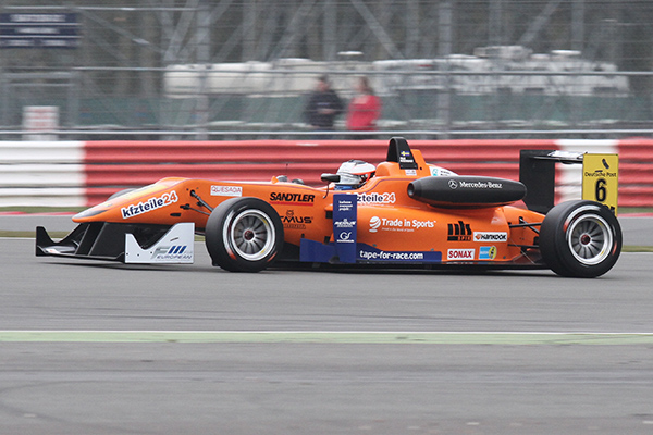 F3-FIA-2013-SILVERSTONE-Felix-ROSENQVIST-Course-3-Photo-Gilles-VITRY-autonewsinfo