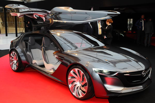 SALON CONCEPT CAR PARIS 2014 -Opel-Monza-Concept