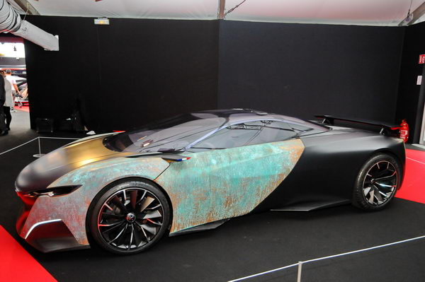 SALON CONCEPT CAR PARIS 2014 -  FAI-Paris-2014-Peugeot-Onyx- photo Patrick MARTINOLI