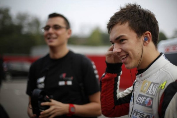 FORMILE-RENAULT-2013-BARCELONE-PIERRE-GASLY
