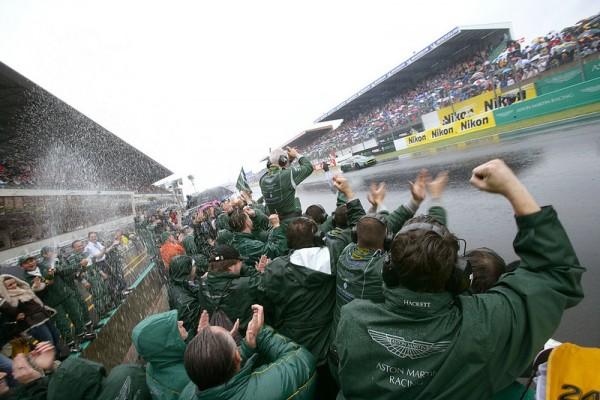 PRODRIVE-LE-MANS-2007-ASTON-MARTIN-victorieuse-en-GT