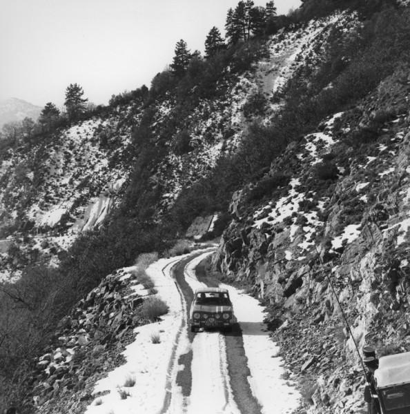 R8 GORDINI au MONTE CARLO dans la neige.