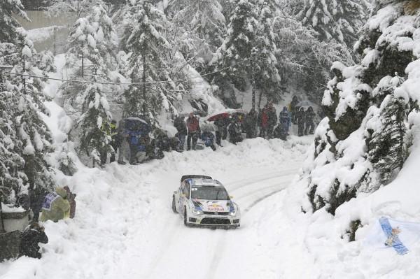 WRC 2014 MONTE CARLO - La VW Polo WRC de MIKKELSEN dans le TURINI