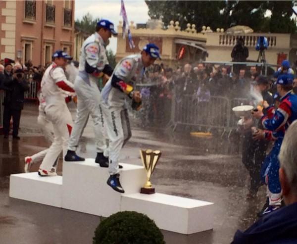 WRC 2014 MONTE CARLO OGIER INGRASIA CHAMPAGNE pour les vainqueurs