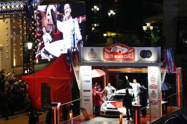 WRC-2014-MONTE-CARLO-le-podium-de-depart-pour-la-VW-de-OGIER-et-INGRASSIA