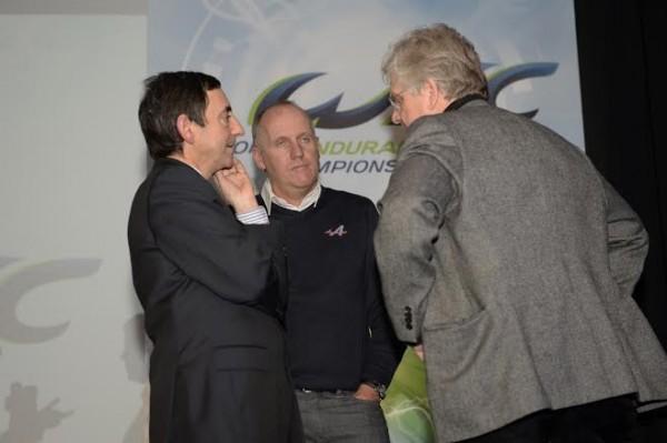 ACO-Conference-de-presse-13-fevrier-Le-President-FILLON-avec-Philippe-SINAULT-bien-decu-et-Jacques-NICOLET-photo-Max-MALKA
