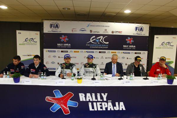 ERC-2014-RALLYE-LIEPAJA-La-conference-de-presse-des-vainqueurs