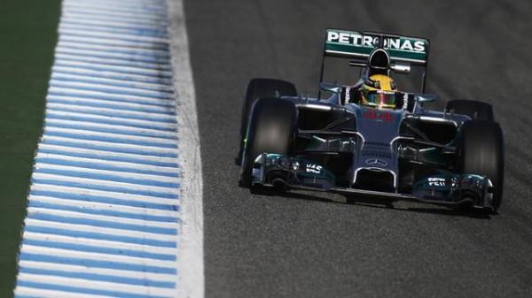 F1-2014-BAHREIN-HAMILTON-MERCEDES