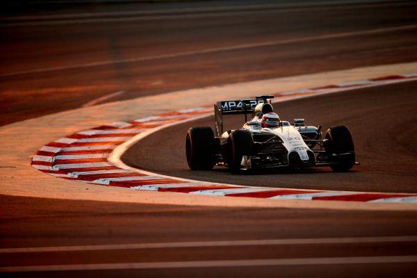 F1-2014-BAHREIN-MCLAREN-de-BUTTON