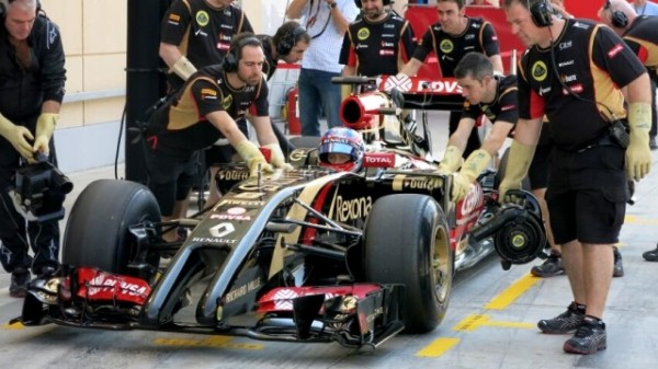 F1-2014-BAHREIN-la-LOTUS-RENAULT-E-22