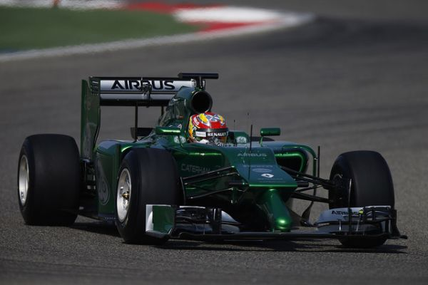 F1-2014-Test-Sakhir-a-BAHREIN-La-CATERHAM-RENAULT-de-Robin-FRIJNS