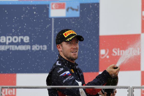 GP2-2013-SINGAPOUR-SAM-BIRD-Vainqueur-seconde-course.