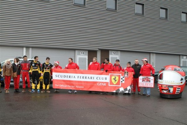 HOMMAGE-A-SCHUMACHER-a-SPA-Un-supporter-Club-Ferrari-de-Genk-©-Manfred-GIET-