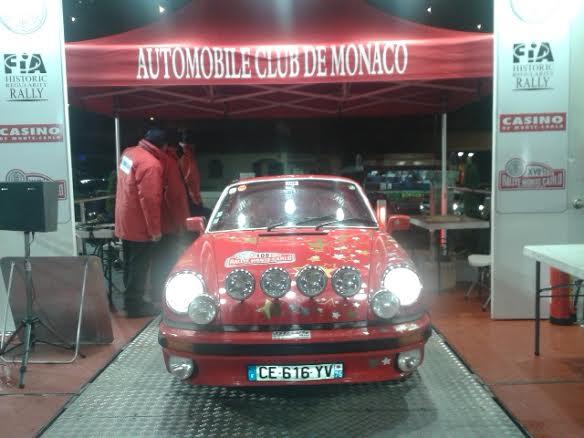 MONTE-CARLO-HISTORIQUE-2014-Anne-Valerie-BONNEL-et-Katik-VESSELOWSKY-Porsche-Num-108-Podium-arrivée-apres-la-nuit-du-TURINI.