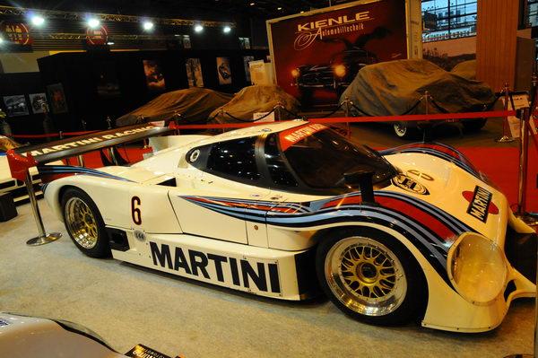 Rétromobile-2014-Lancia-LC2-huitième-des-24-h-1984-après-avoir-longtemps-occupé-la-tête