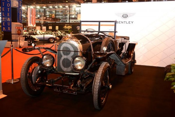 RETROMOBILE-2014-une-des-superbes-BENTLEY-Photo-Claude-MOLINIER