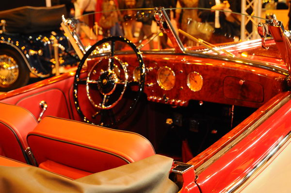 Retromobile-2014-Interieur-Hosch-853-1938