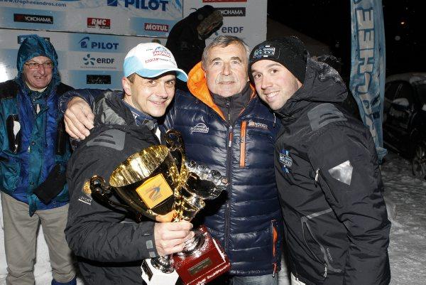 TROPHEE-ANDROS-2014-Super-Besse-Max-MAMERS-felicite-Franck-LAORCE-et-son-eqipier-DUBOURG-photo-Bernard-Bakalian