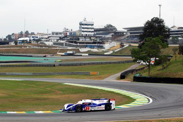 WEC-2012-SAO-PAULO-la-TOYOTA-TS030-file-vers-sa-premiere-victoire