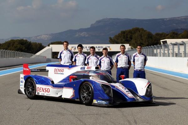 WEC 2013 La TOYOTA TS030 au Paul RICARD ARMADA nippone et ses six pilotes.