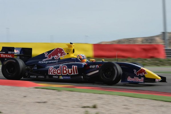 WORLD-SERIES-RENAULT-2014-MOTORLAND-GASLY-Photo-Antoine-CAMBLOR.